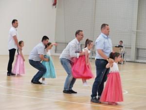 """Танцът """"Бащи и дъщери"""""""