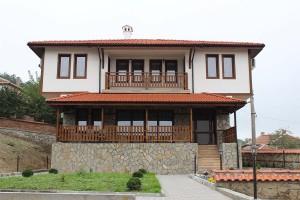 Kushatata na Milko Kalaydjiev v selo Mezek 1