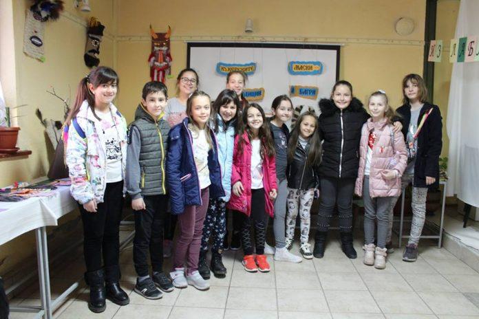"""Конкурс и изложба """"Кукерските маски - традиции и багри"""" в музея"""