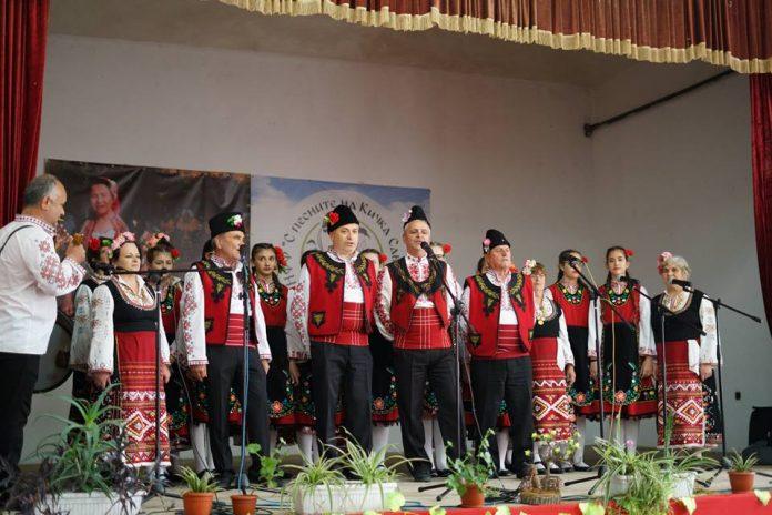 """Връчиха наградите на фестивала """"С песните на Кичка Савова"""""""