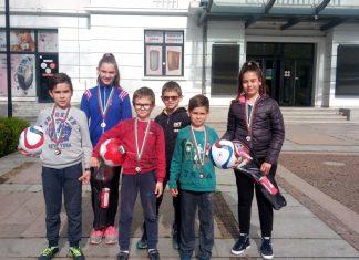 """Пет медала за шахматистите ни от """"Загорец"""""""