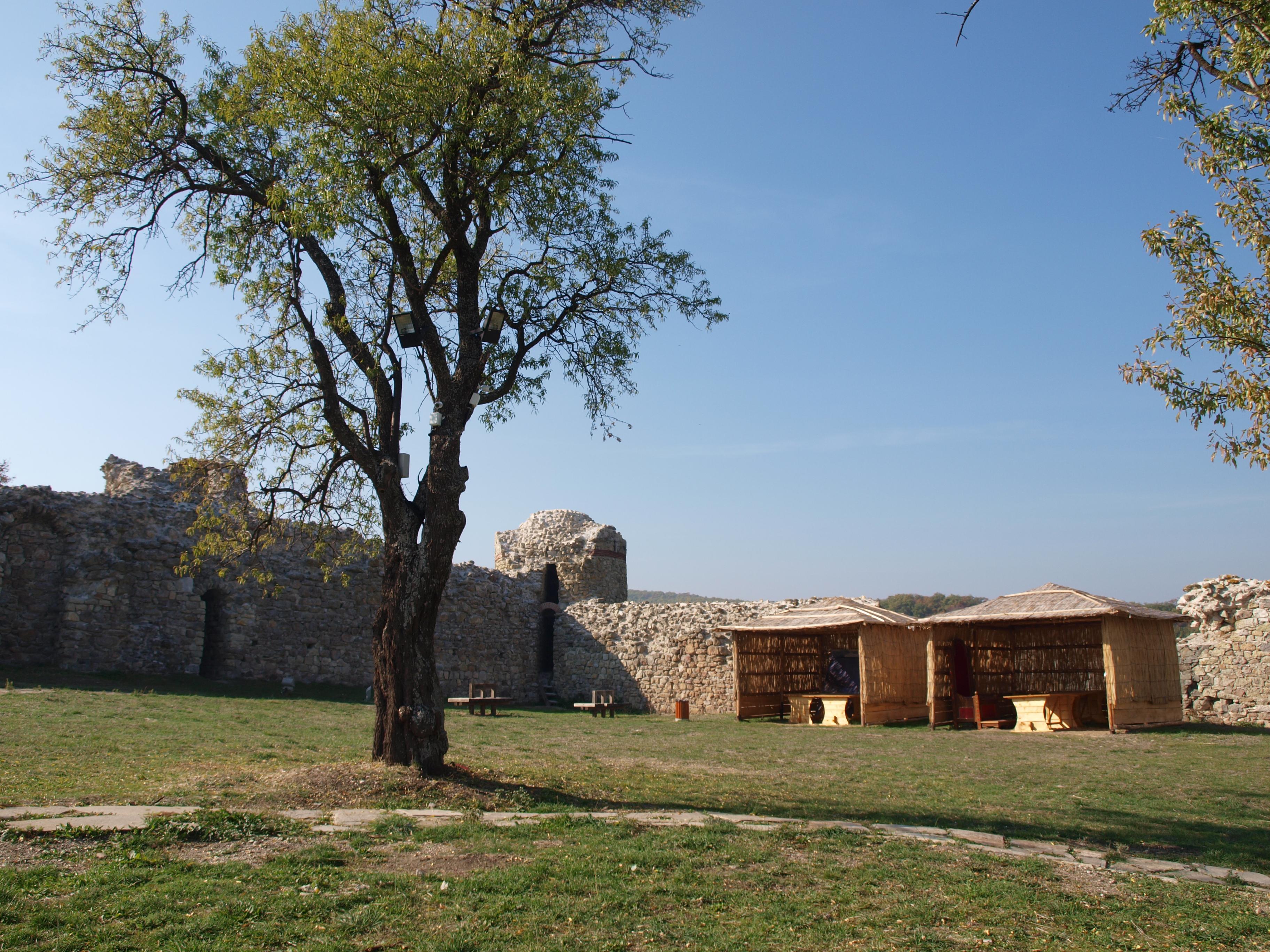 Средновековен фестивал на крепостта в Мезек през юни