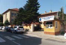 """Четирима установени крадци на автомобили в Свиленград и Любимец са вече с обвинения, съобщават от прокуратурата. От информацията до медиите стават ясни и """"перипетиите"""" на бандитите по време на кражбата на 4 автомобила и 1 велосипед."""