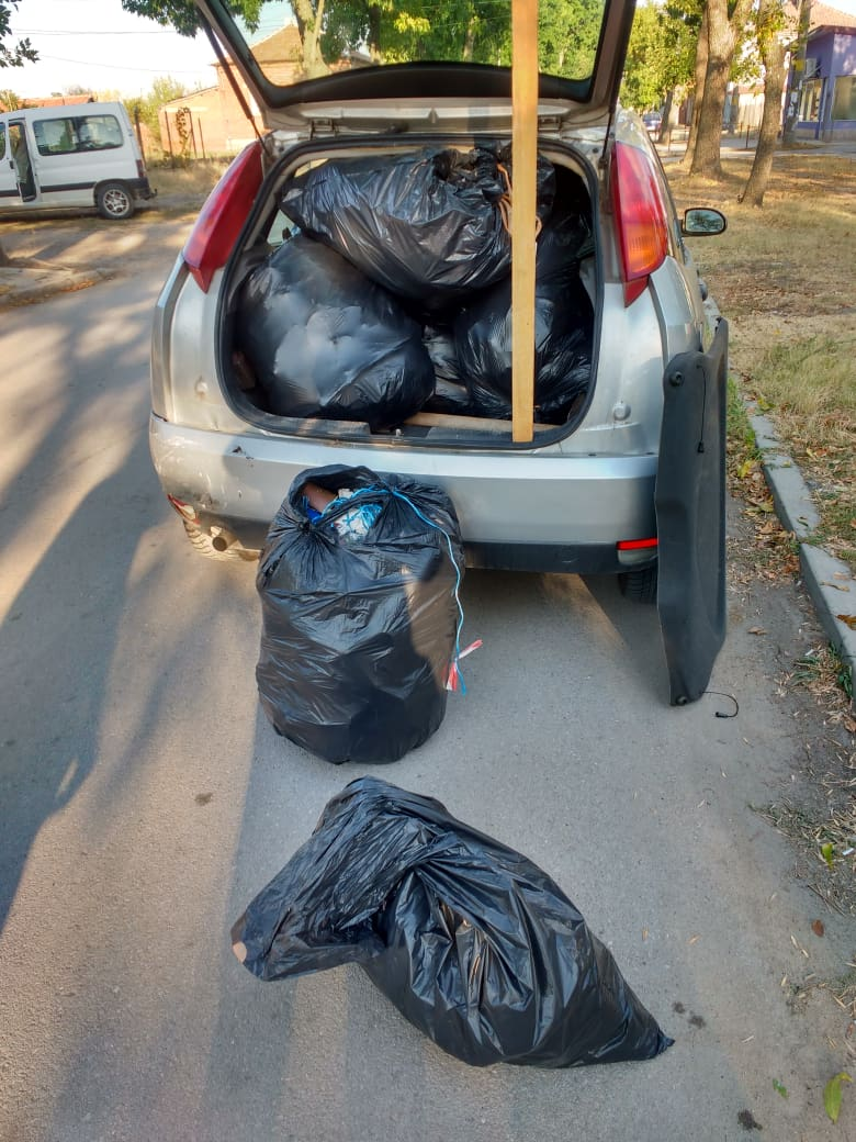 """""""Свиленград МОЖЕ"""" продължават почистването, този път на """"Гарата"""""""